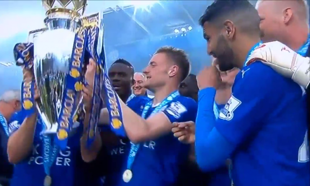 Jamie Vardy lifts 2015-16 Premier League Cup