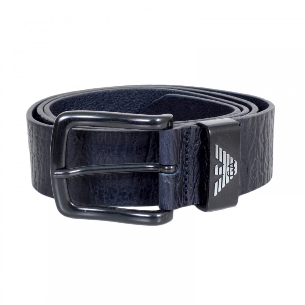 Product Features The perfect mens belt for jeans that can also convert into a mens dress.