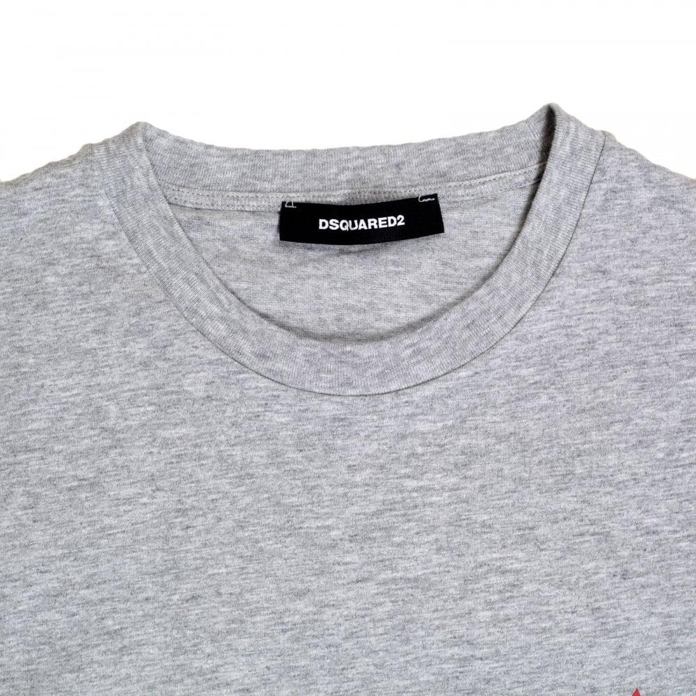 18798fe448389 ... DSQUARED2 Grey Regular Fit Short Sleeve Crewneck Cotton T-Shirt with Maple  Leaf Logo DS26292 ...