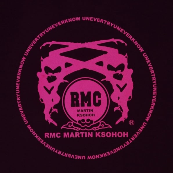 RMC JEANS Black Crew Neck Regular Fit T-Shirt with Printed Logo in Fuchsia